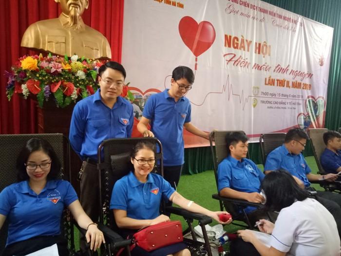 Tuổi trẻ Khối các cơ quan và doanh nghiệp tỉnh: Hiến tặng 304 đơn vị máu